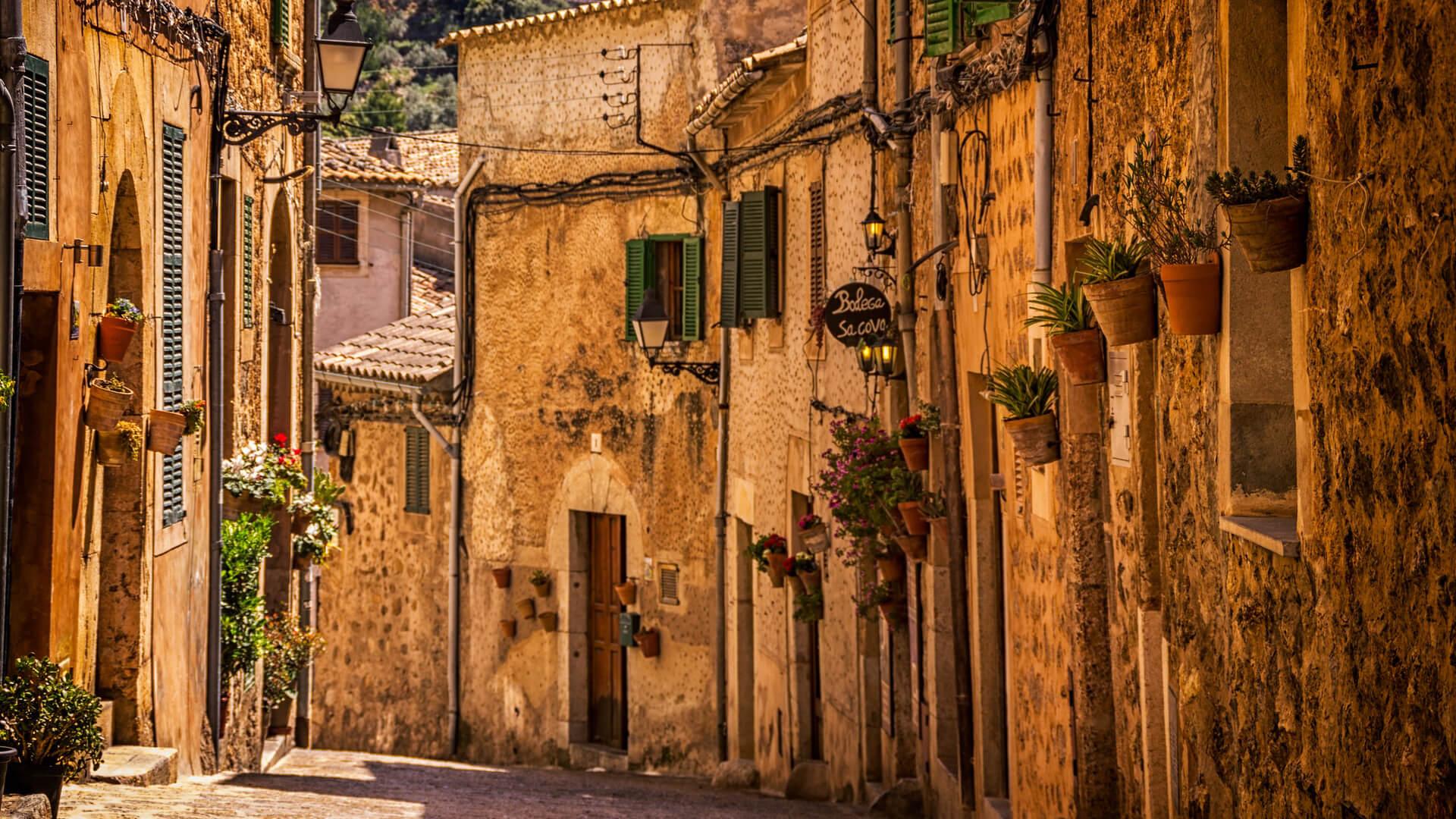 Rua de cidade antiga